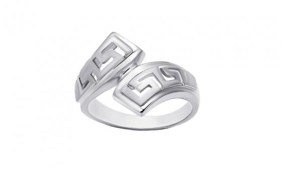 "Image of """"Eternal Flow"" silver ring"""