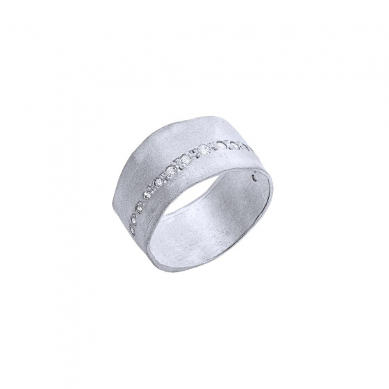 "Image of """"Natural Effect"" silver chevalier ring"""