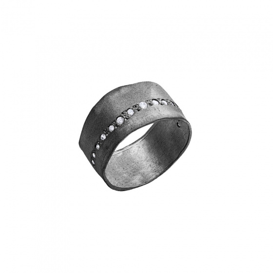 "Image of """"Natural Effect"" silver chevalier ring black rhodium plated"""