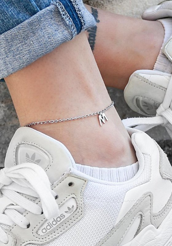 "Image of """"M"" silver monogram anklet"""
